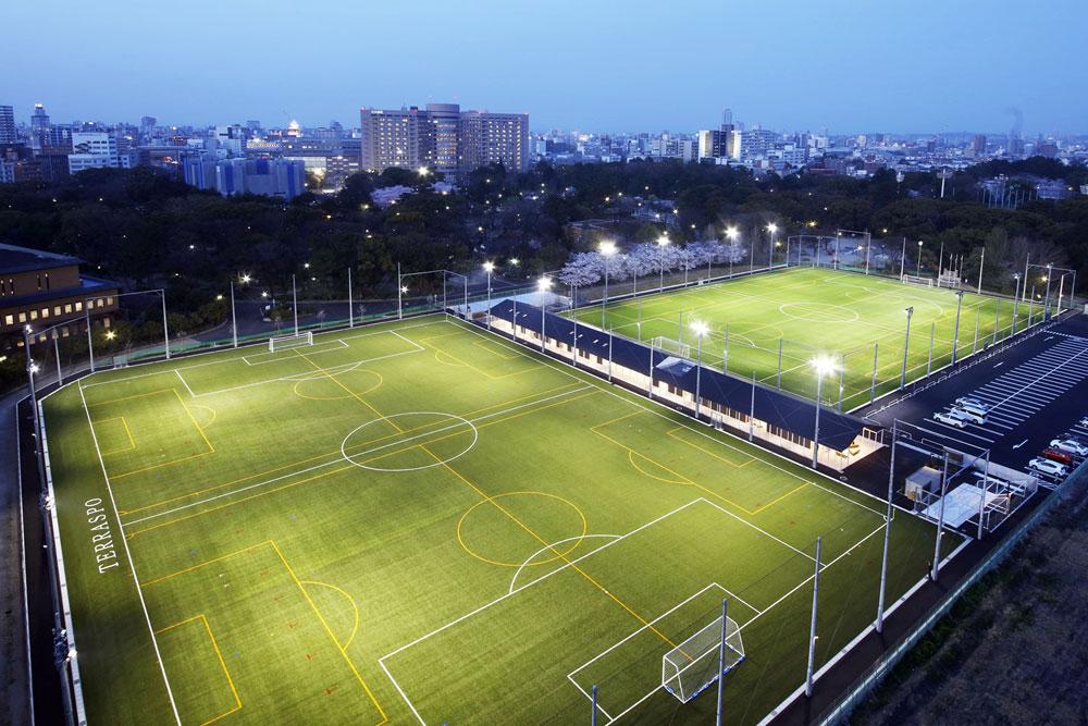 照明(投光器)納入事例 愛知県サッカー協会 愛知県フットボールセンター PIKA8×80台
